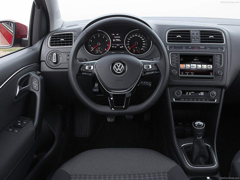 Volkswagen Polo Easyline 1.0 MPI 44kW/60pk bij Van Mossel Voorraad