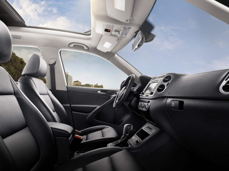 Volkswagen Tiguan Trendline 1.4 TSI BlueMotion, 125 pk bij Van Mossel Voorraad