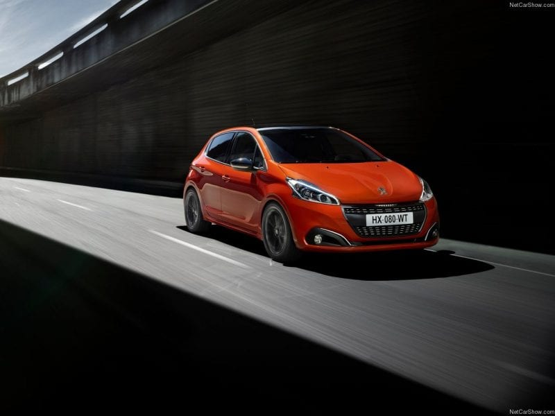 Peugeot 208 Signature 5-deurs - 1.2 PureTech 82pk bij Van Mossel Voorraad