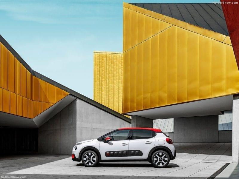 Citroën C3 Nieuwe Citroën C3 PureTech 110 Shine bij Van Mossel Voorraad