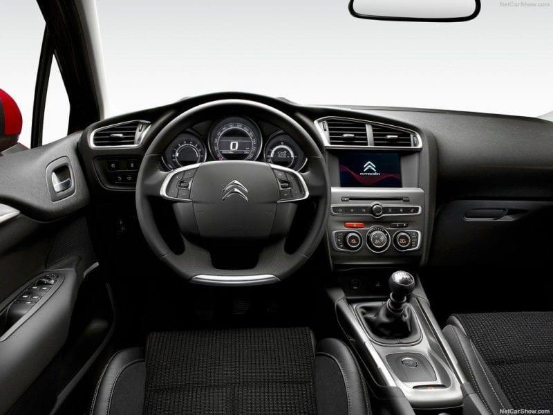 Citroën C4 C4 PureTech 130 S&S Feel Edition bij Van Mossel Voorraad
