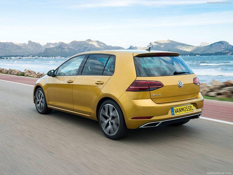 Volkswagen Nieuwe Golf Trendline 1.0 TSI 63 kW/86pk bij Van Mossel Voorraad