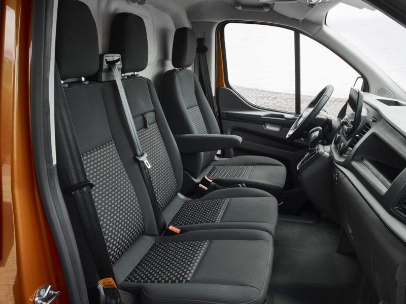 Ford Transit Custom Tend L1H1 130pk bij Van Mossel Voorraad