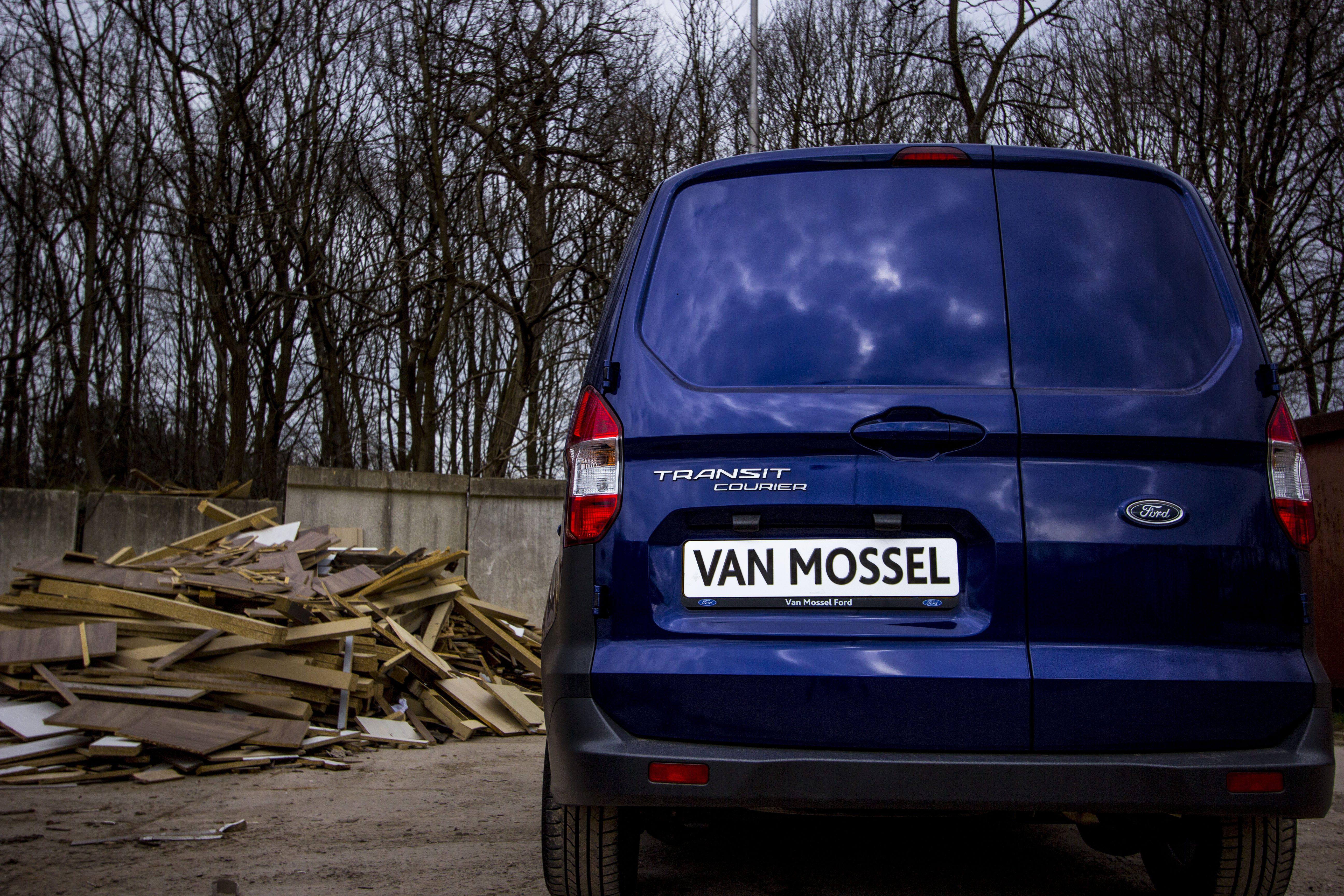 Ford Transit Courier Trend 75pk 1.5 TDCi bij Van Mossel Voorraad