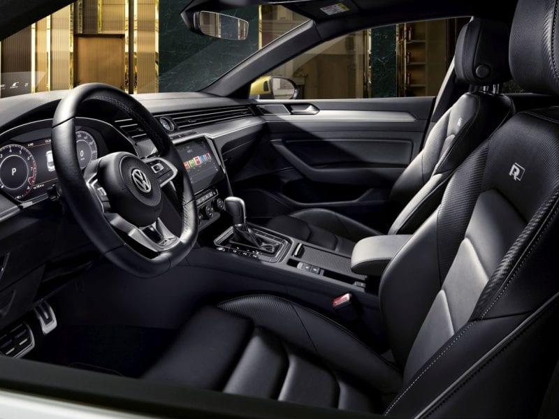 Volkswagen Arteon  bij Van Mossel Voorraad
