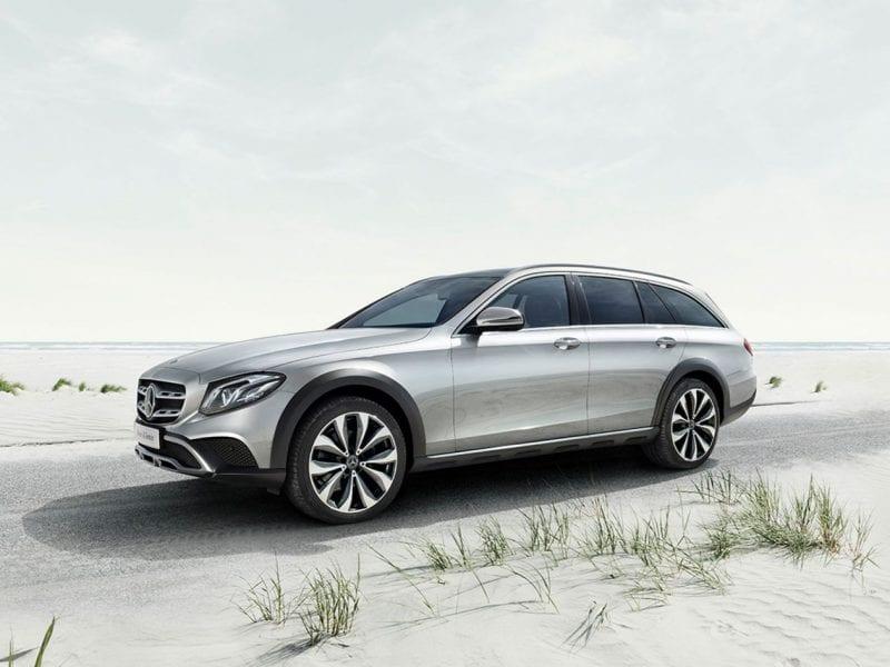 Mercedes-Benz E-Klasse E200 Estate / Business Solution AMG Plus / Panoramadak bij Van Mossel Voorraad