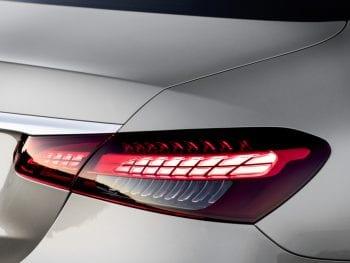 Mercedes-Benz E-Klasse 200d Business Solution /Facelift / AMG bij Van Mossel Voorraad