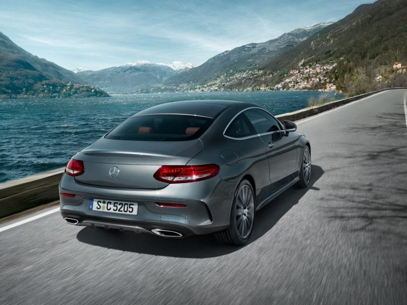 Mercedes-Benz C-Klasse Coupe 200 184pk / AMG / Panoramadak / Nightpakket bij Van Mossel Voorraad