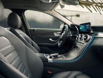 Mercedes-Benz C-Klasse C 180 Business Solution AMG (getoonde beeld kan afwijken van werkelijkheid) bij Van Mossel Voorraad