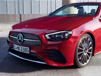 Mercedes-Benz E-Klasse Cabrio E200 /Facelift / AMG Line / Premium Plus / Head-Up Display (getoonde beeld kan afwijken van werkelijkheid) bij Van Mossel Voorraad